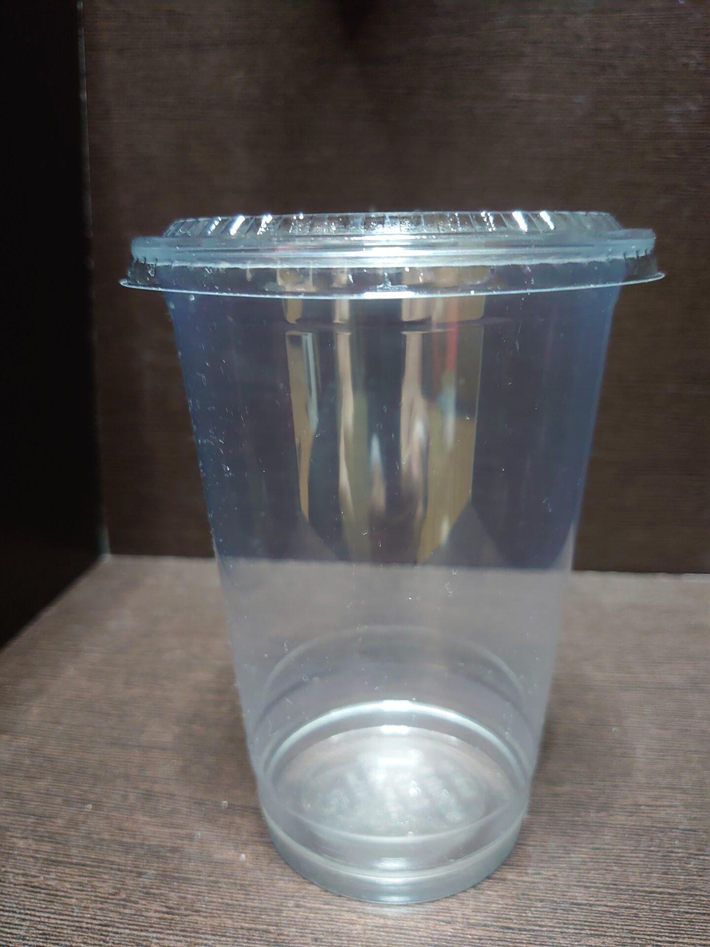 プラスチックカップのロゴ名入れを致します。